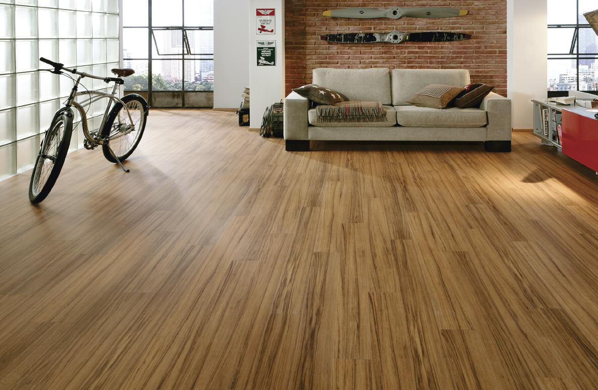 Remove the tough stains from the laminate floors my for Floating laminate floor