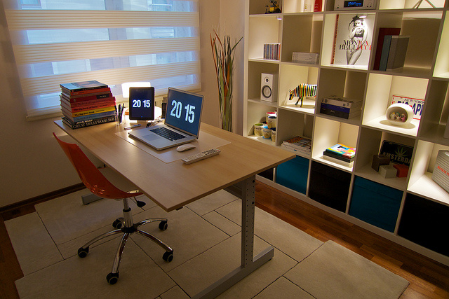 Interior Design Ideas Walls Desks Lighting For Small Offices My Decorative