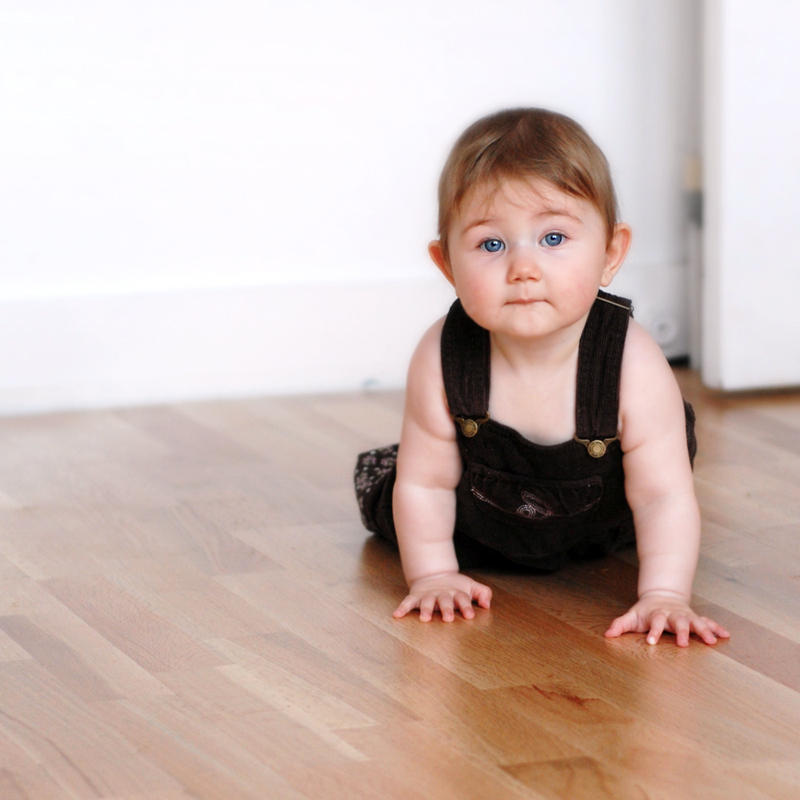 baby-crawling-on-hard-wood-floor-by-rrss