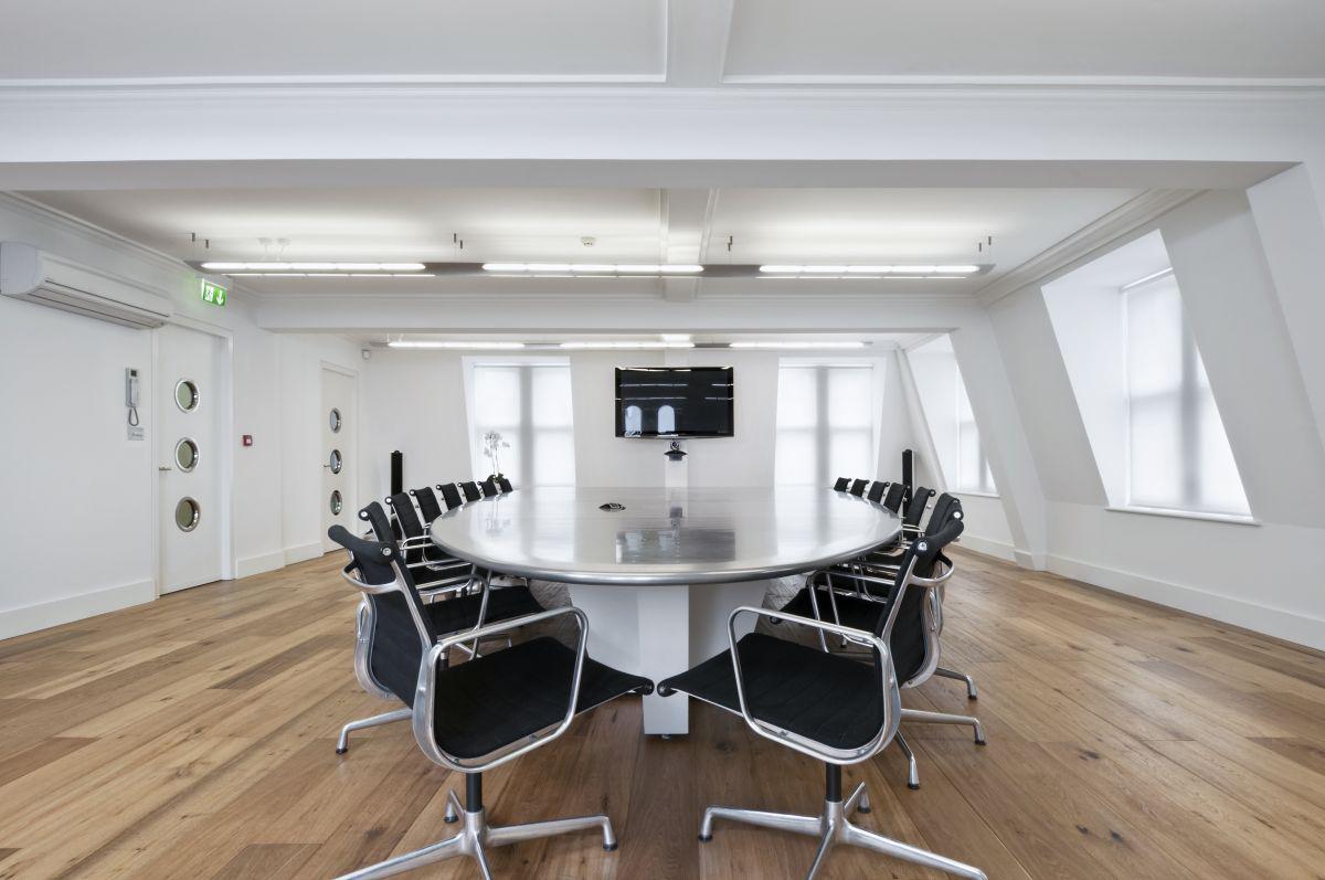 Modern meeting room interior decor