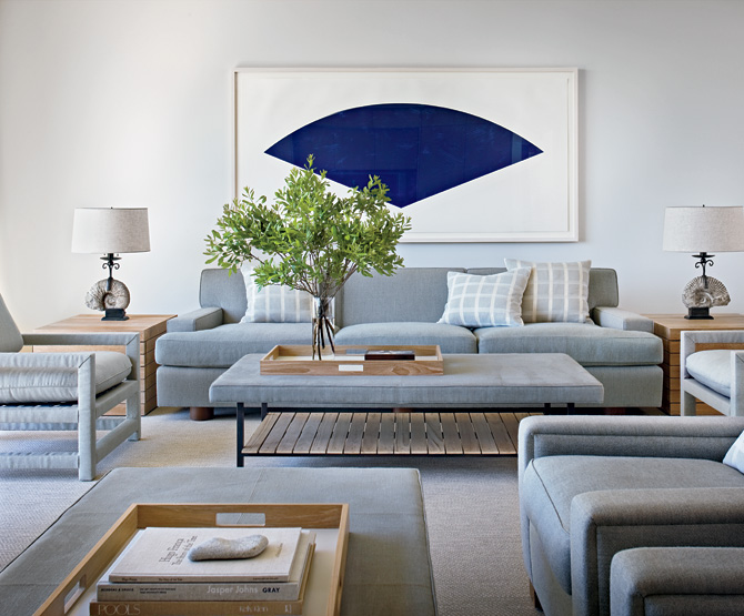 Calm and simple beach house interior design