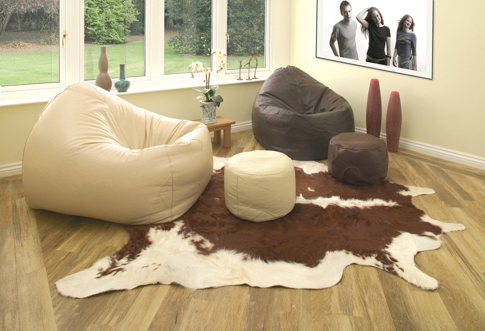 Stylish Bin Bag In Contemporary Living Room