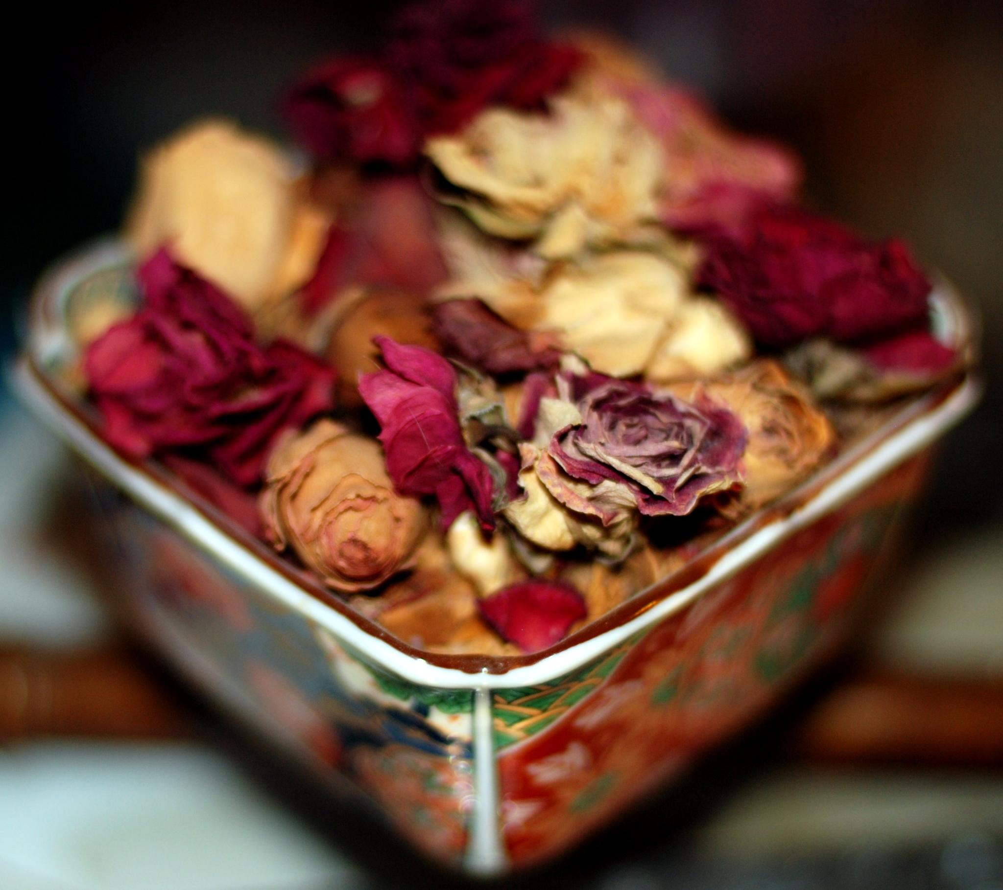 Make Rose Potpourri At Home My Decorative