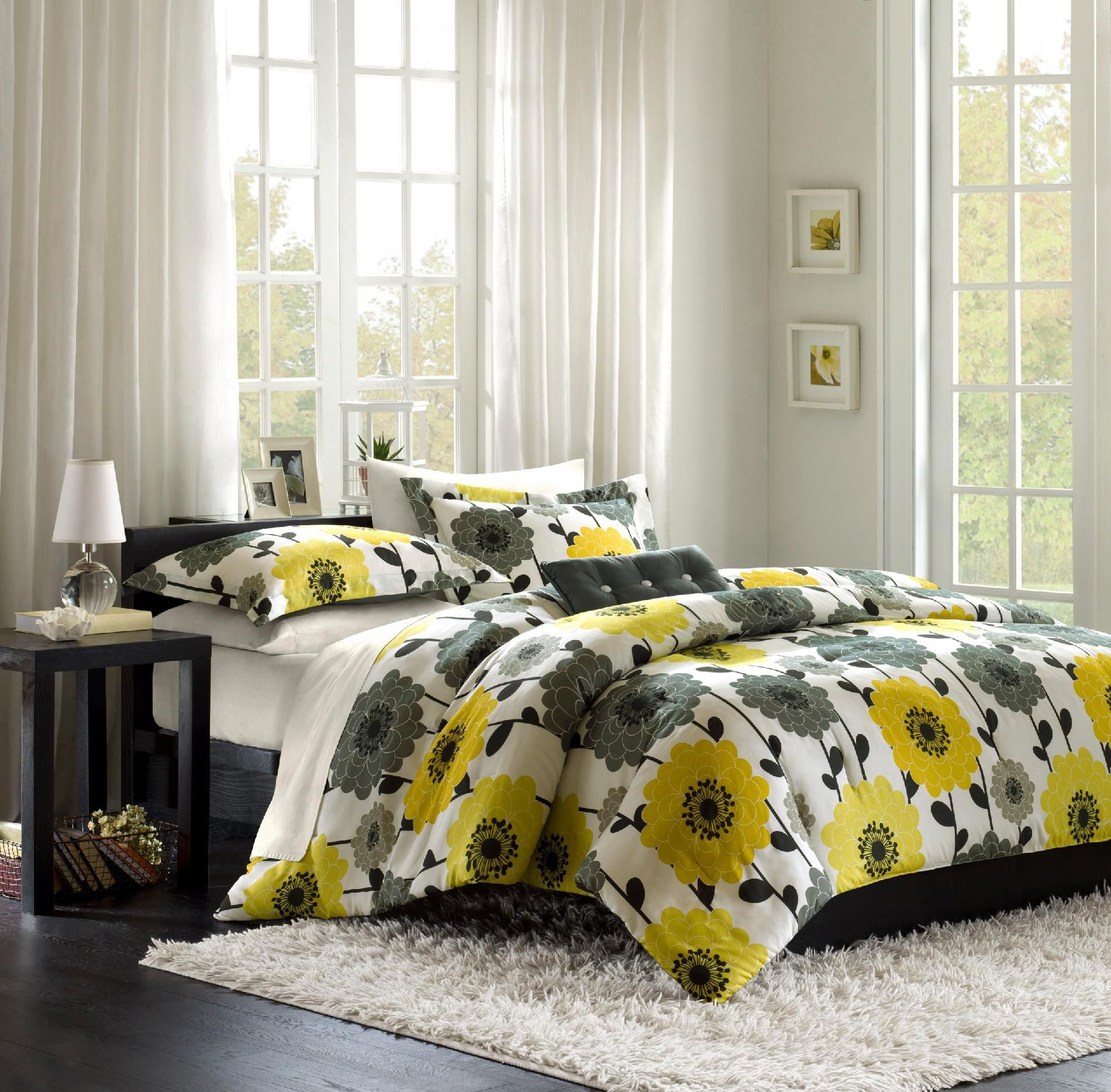 Beautiful Bed Sheet Bedroom Ideas