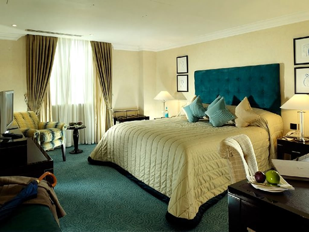 My decorative luxury deluxe room hospitality interior for Hotel design london