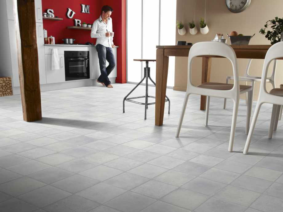 Kitchen Decorated with Vinyl Floor