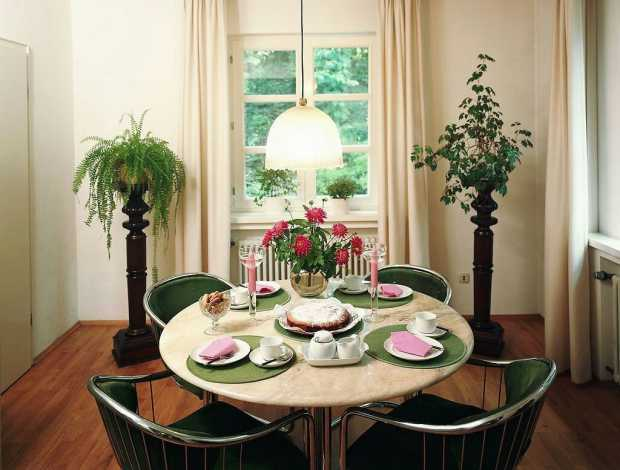 Simple Homes Dining Room Interior Ideas