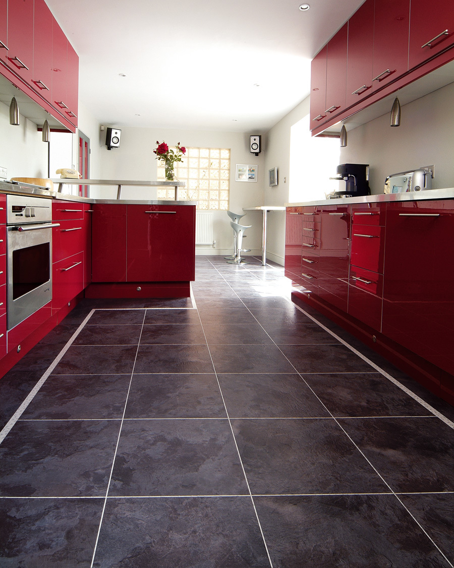 Choose right flooring for kitchen vinyl flooring my for Vinyl kitchen floor tiles