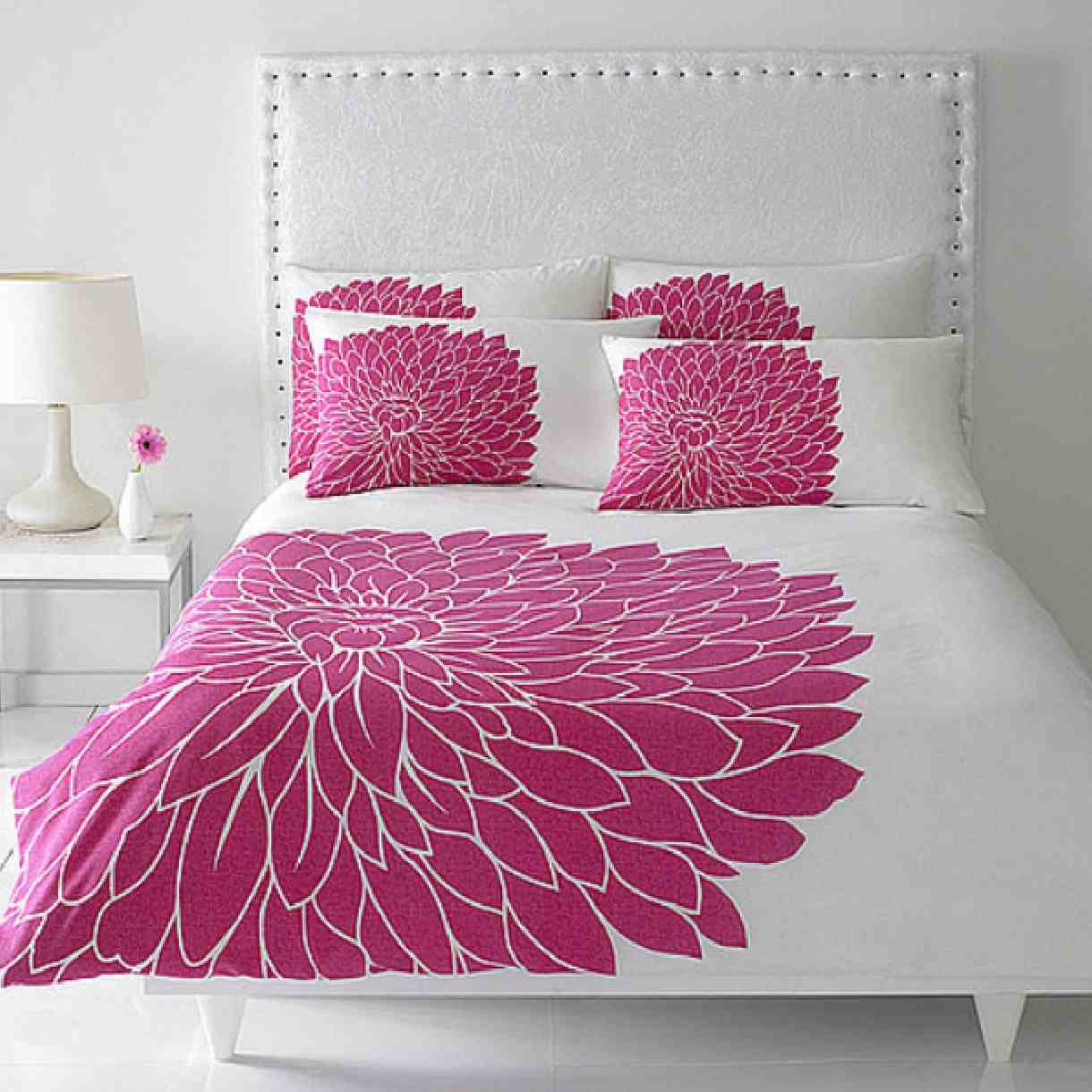 Fantastic decorating tips with pink color my decorative for Interior design bedroom pink