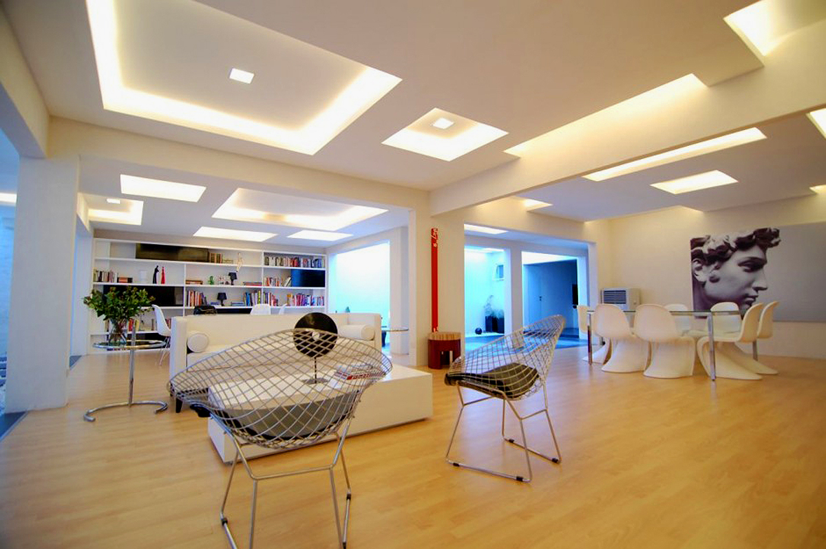 Have visually enlarge ceilings my decorative for Room design roof