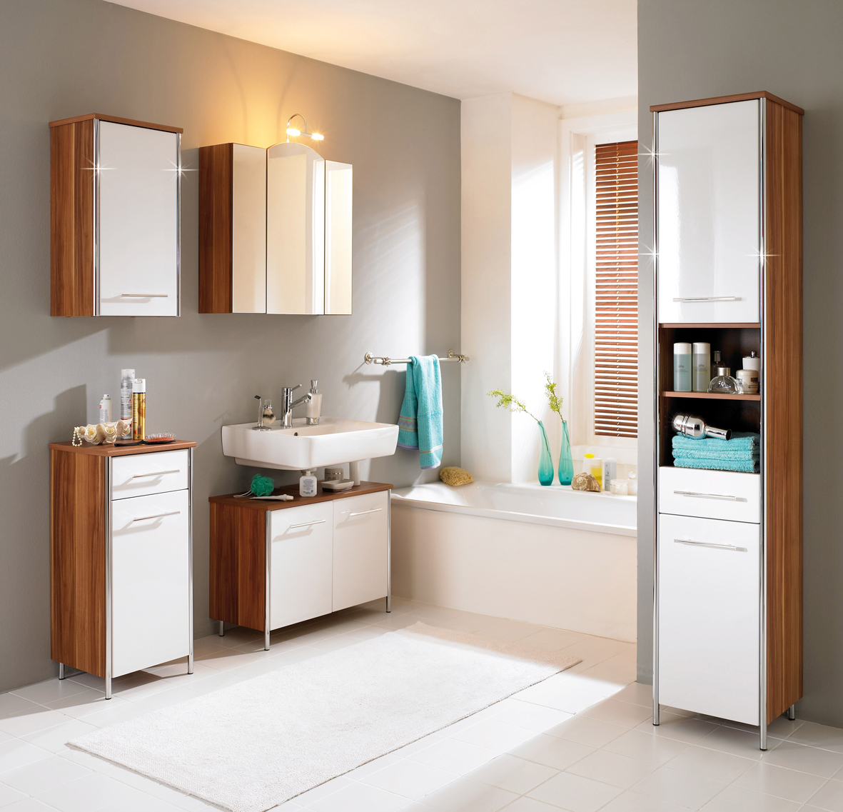 Small Bathroom Cabinets Ideas: Keep Your Bathrooms Sparkling Clean