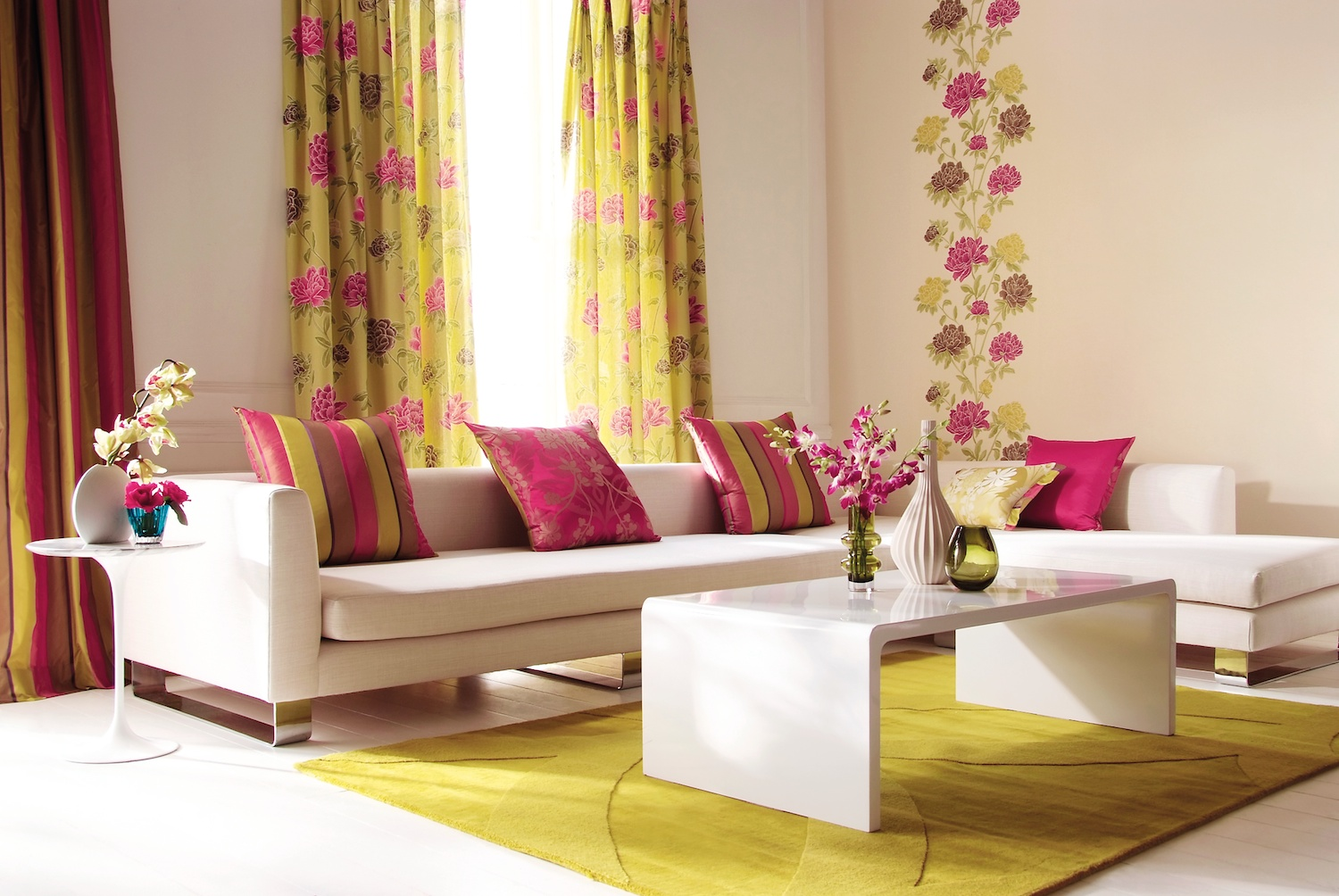 How to buy curtains drapes for home my decorative for Decoracion interior salon