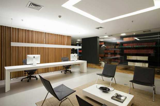 Clean and Modern Fengshui Office