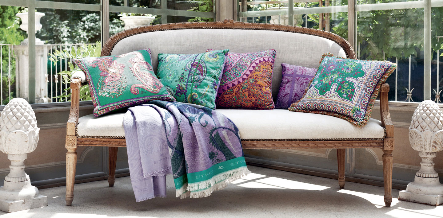 Decorative throw pillows my decorative for Cojines sofa exterior