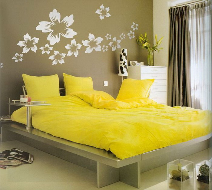 Yellow Bedroom Design Inspirations