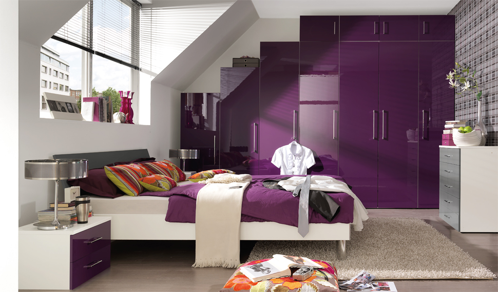 Bedroom d cor in purple my decorative for Purple and white bedroom designs