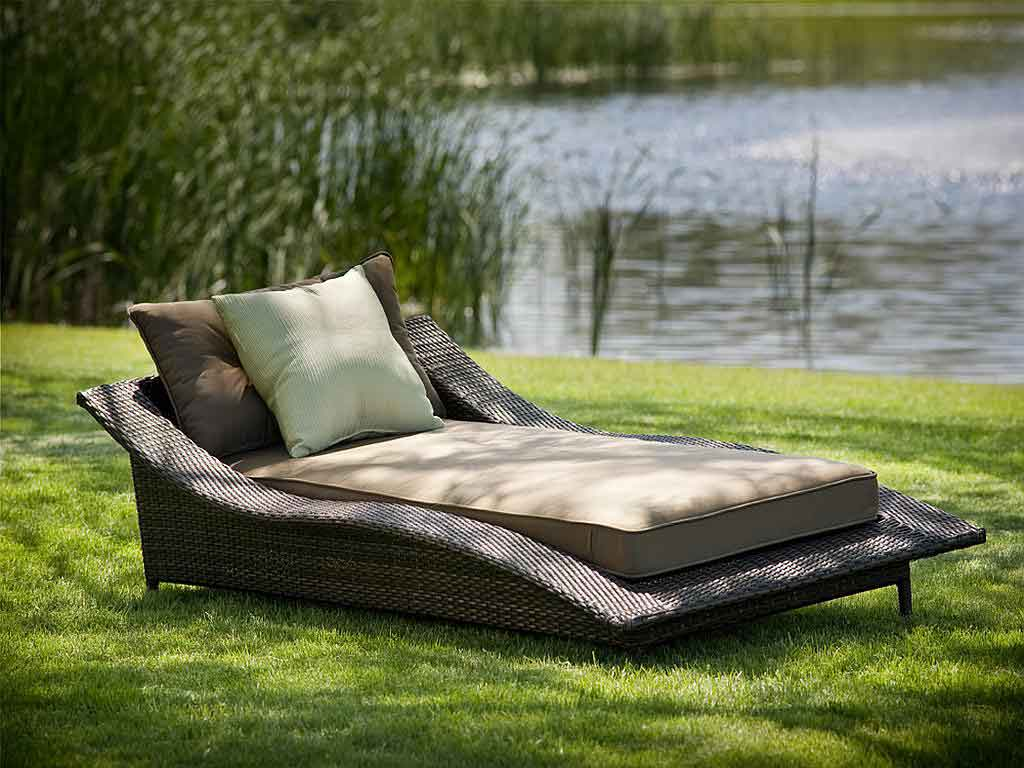 Beautiful Modern Outdoor Furniture