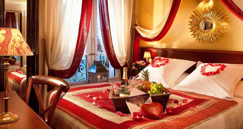 Comfortable Romantic Luxury Bedroom