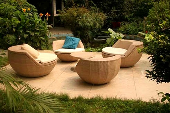 Ideas for choosing outdoor furniture my decorative for Muebles para patios y jardines
