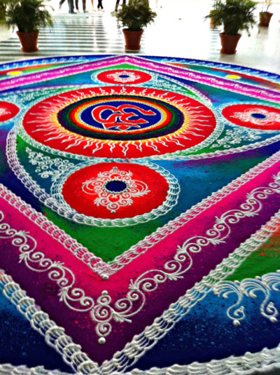 Rangoli Design With Gulal