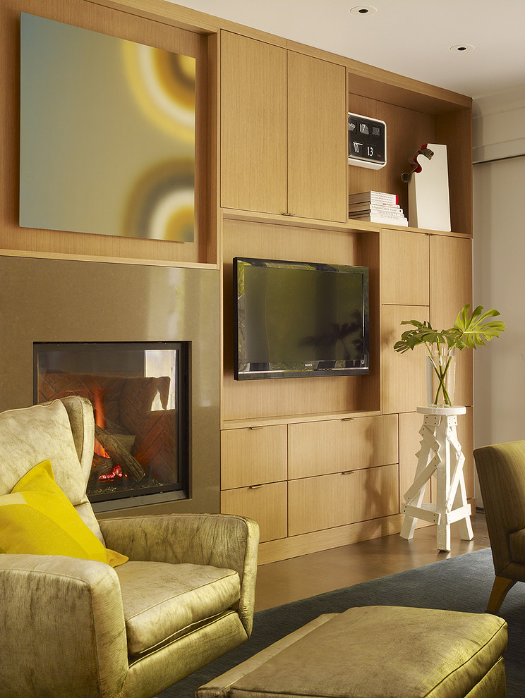 Shallow Walls in Contemporary Family Room