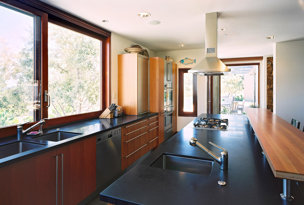 Sliding Windows in Modern Kitchen
