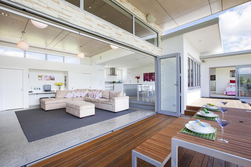 Stacking Doors in Modern Living Room