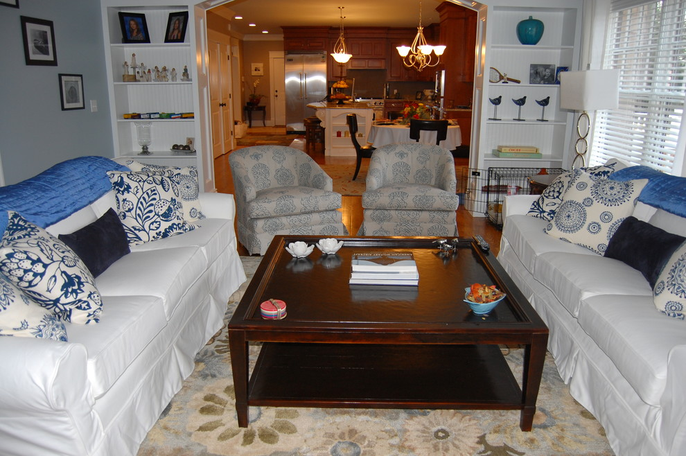 Parma Gray Traditional Living Room
