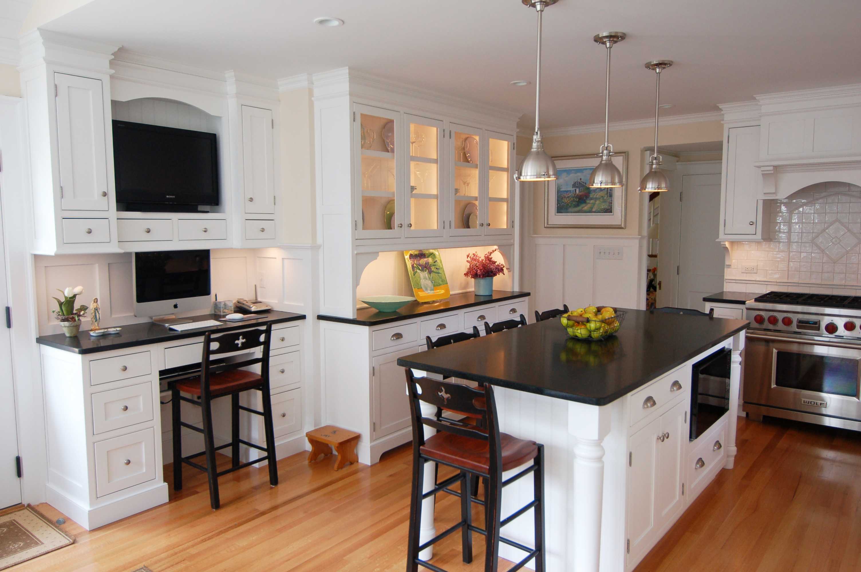 Proper and elegant touch to redesign your kitchen my for Professional kitchen design