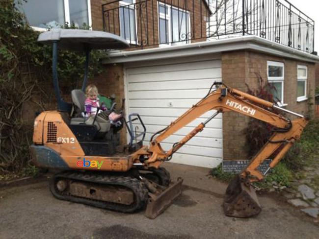 Hitachi Ex 12 Mini Digger Excavator On Ebay