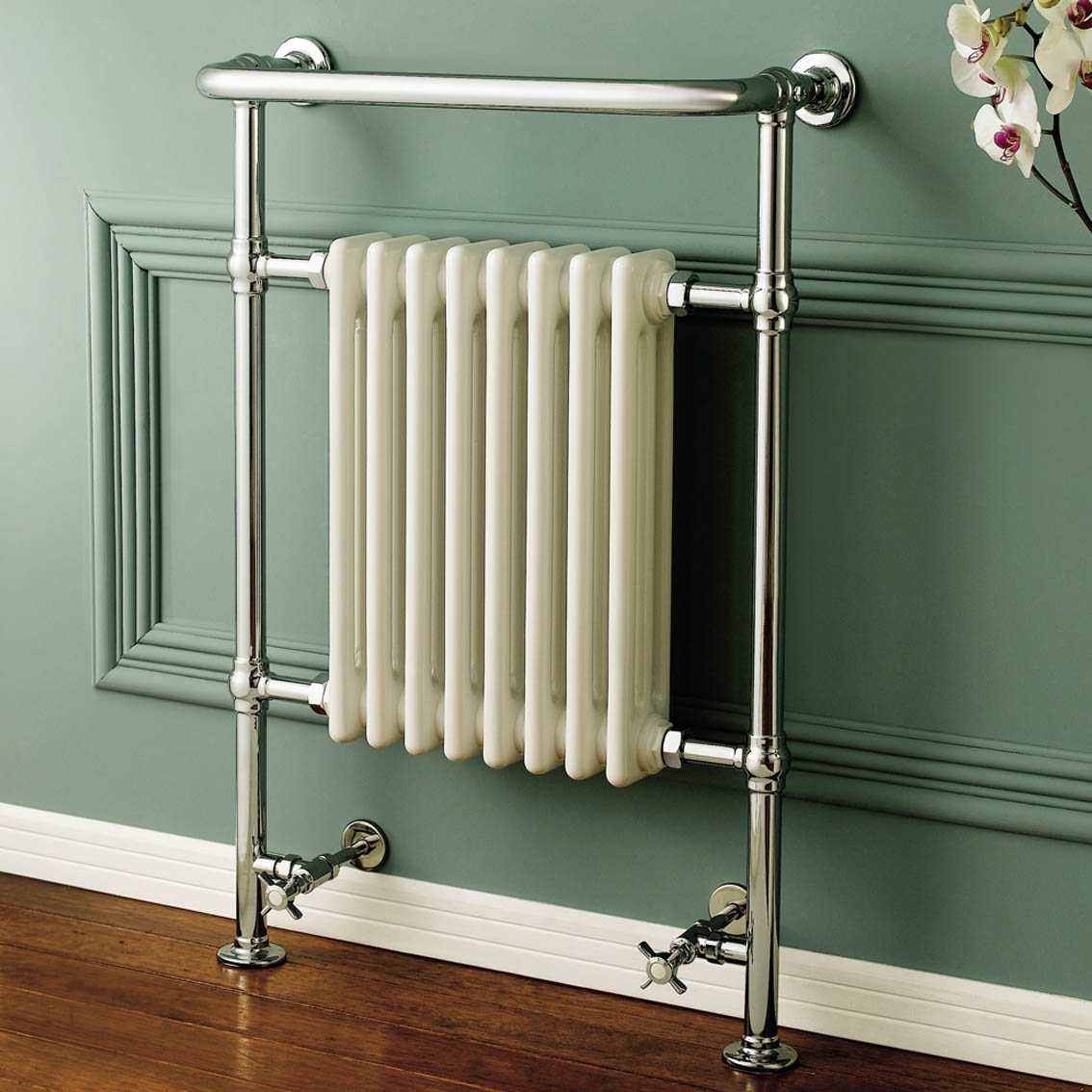 Traditional Chome Towel Rail Radiator