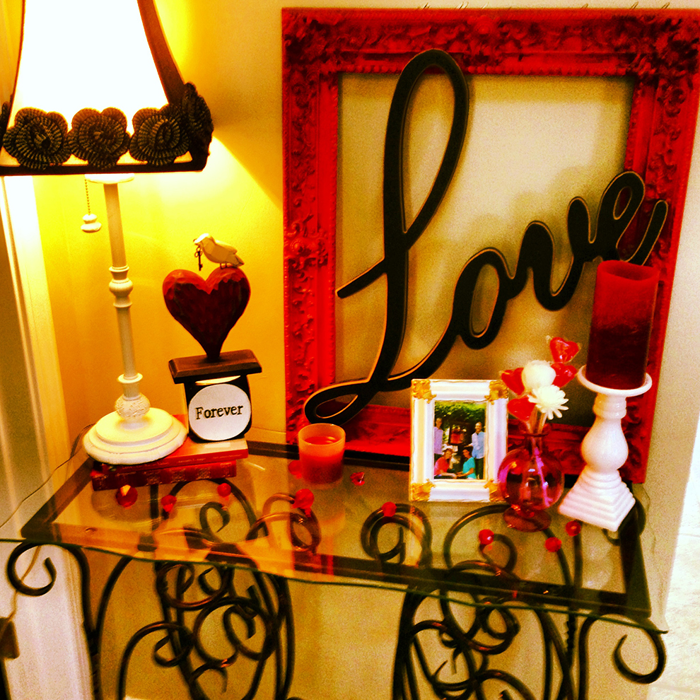 Valentine Day Lampshade In The Bedroom