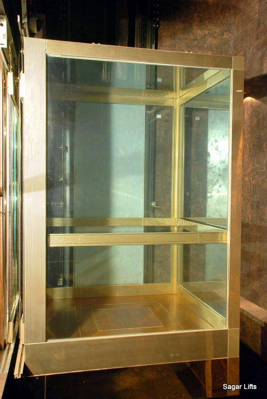 Hydraulic Lift Glass Cabin Cruise Ship Goa