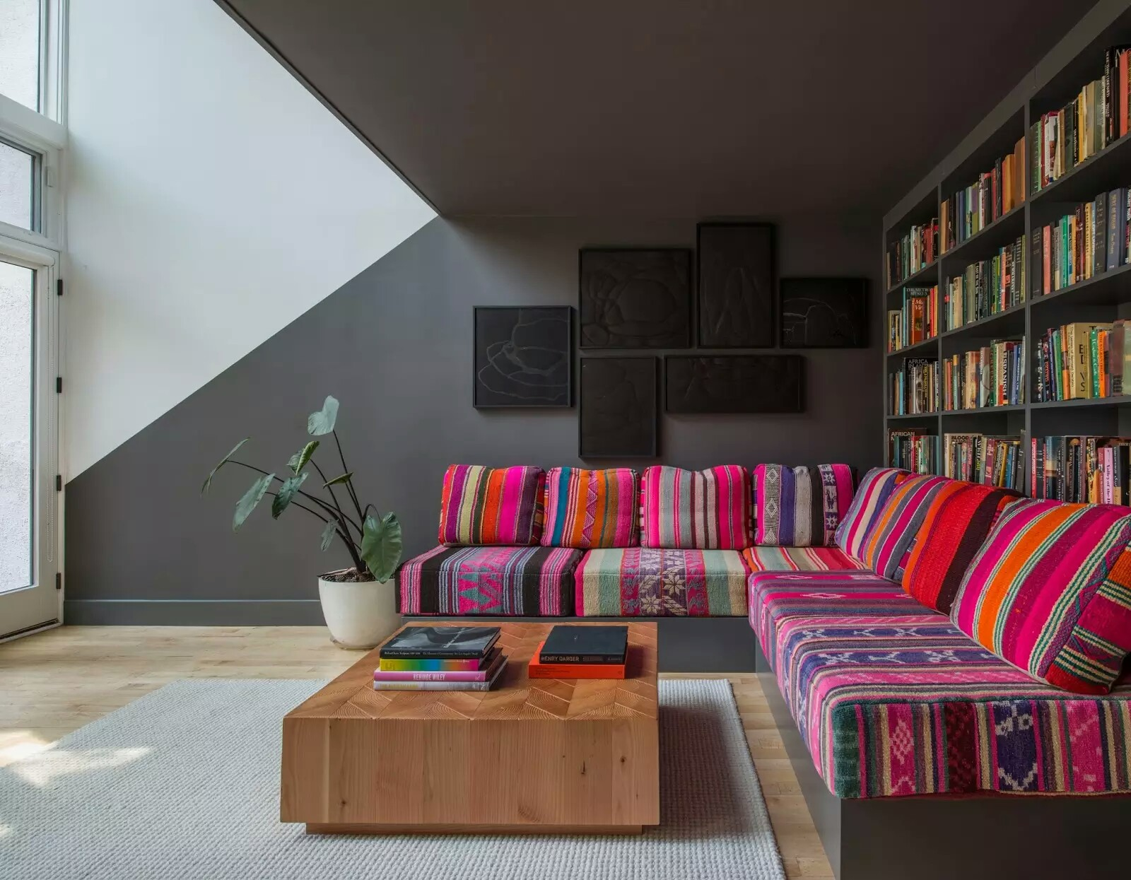 Perfect Stunning Living Room With Library Pop Interior Design