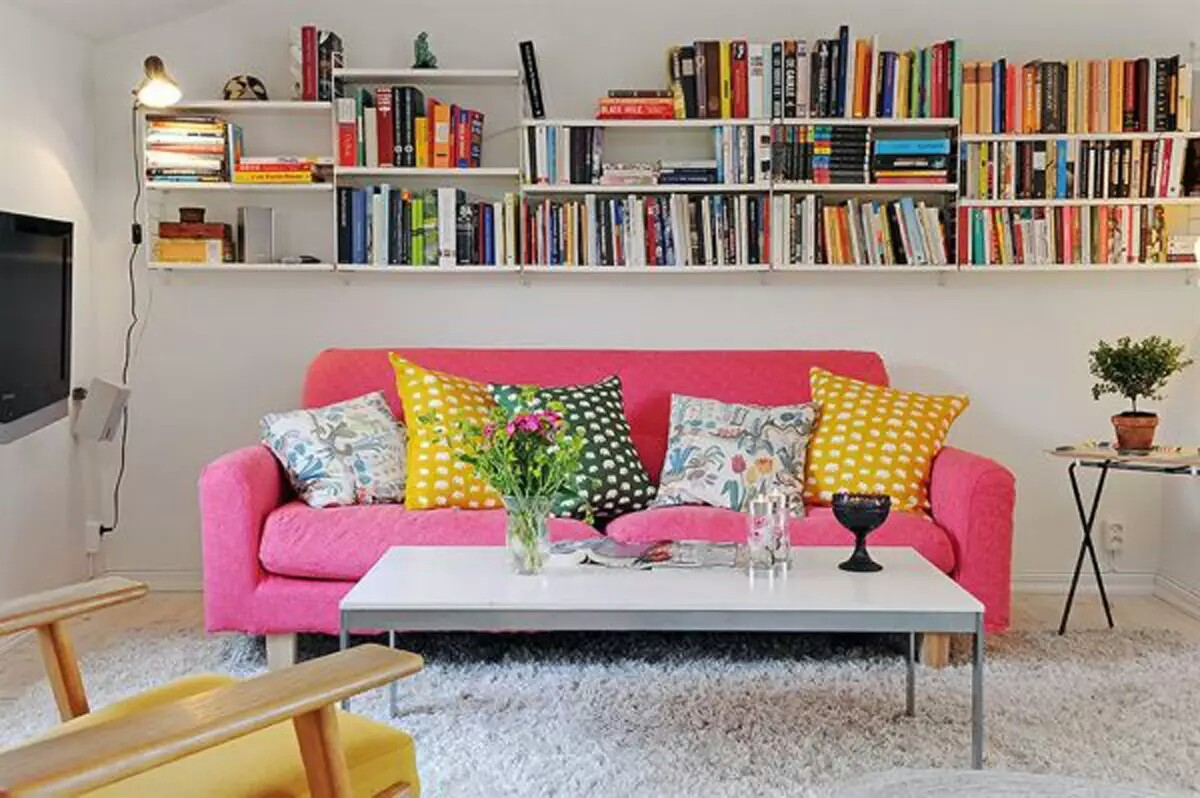 Contemporary Colorful Shabby Chic Small Apartment Living Room