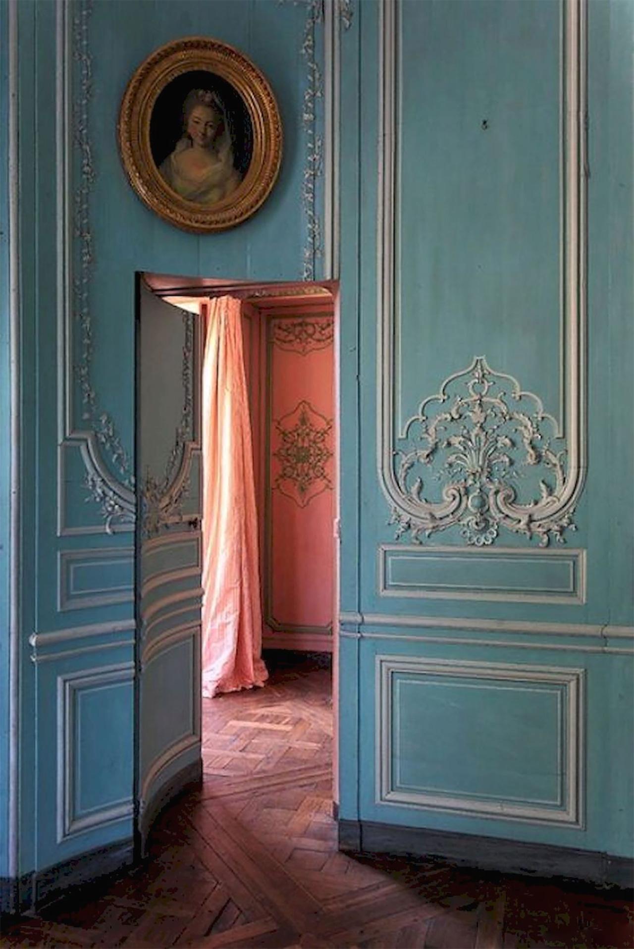 Secret Vintage Doors