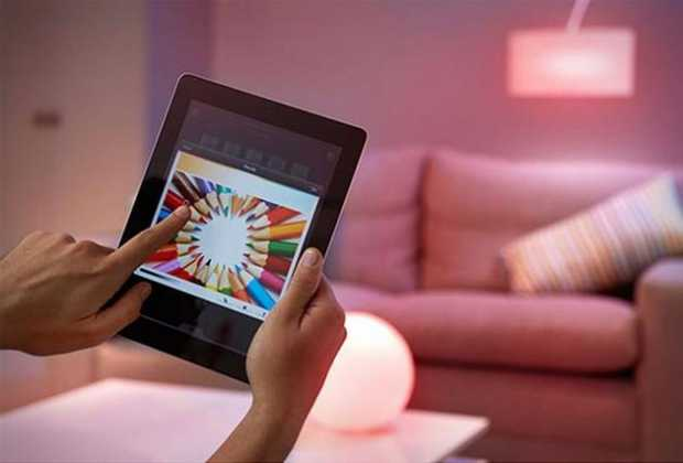 Philips Hue Smart LED Light Bulbs