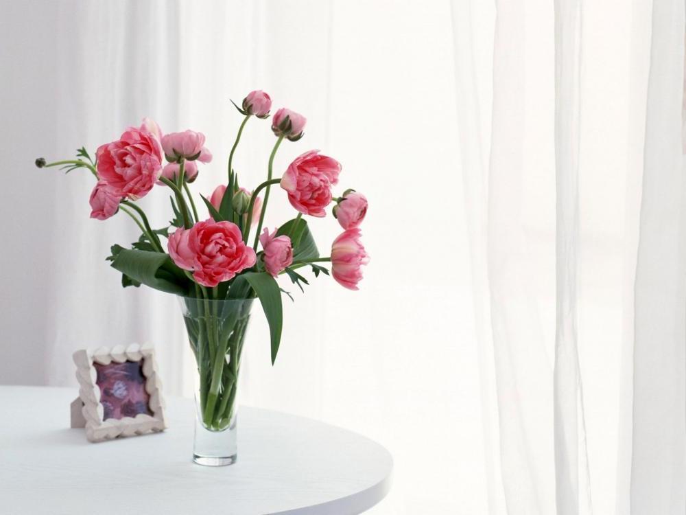 Букет цветов в вазах фото