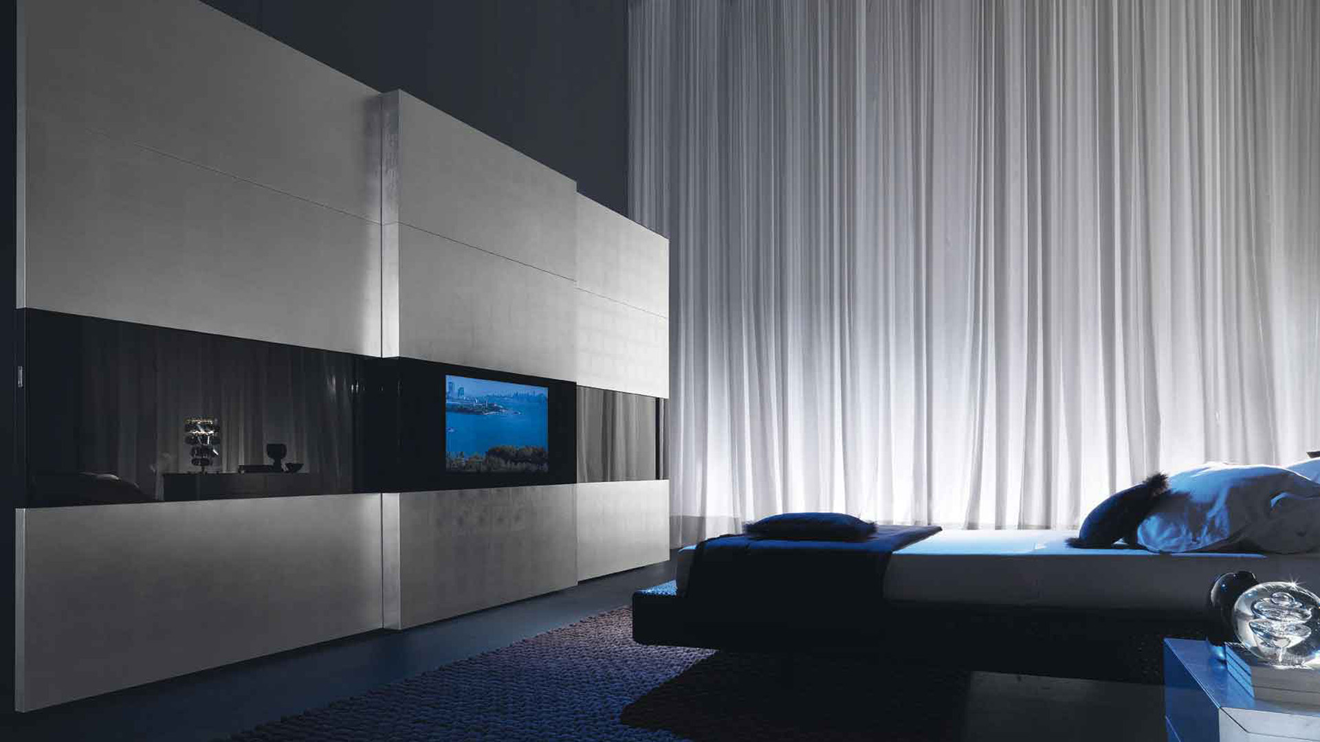 Ultra Modern Bedroom With Mood Lighting