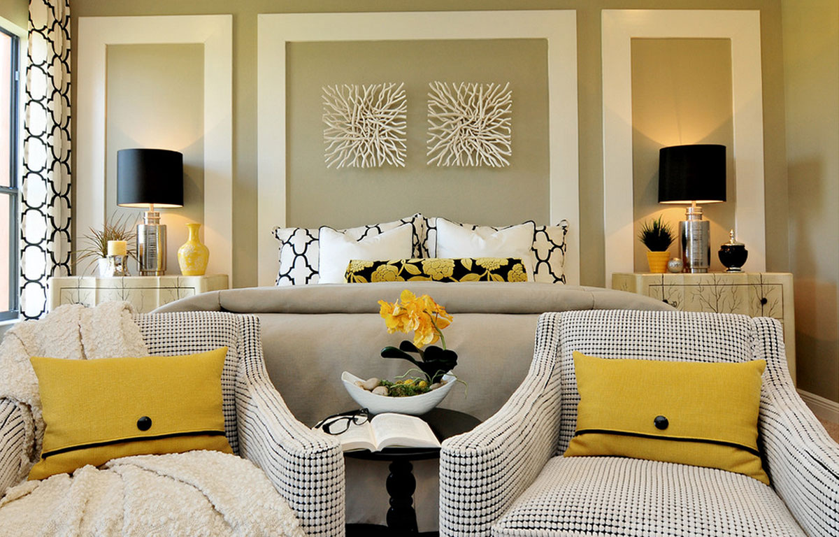 Western Style Bright Color Walls