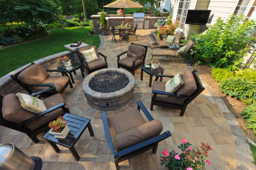 Garden patio designs ideas my decorative for Medium back garden designs