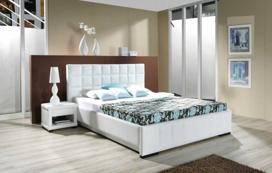 Modern clean bedroom decor idea