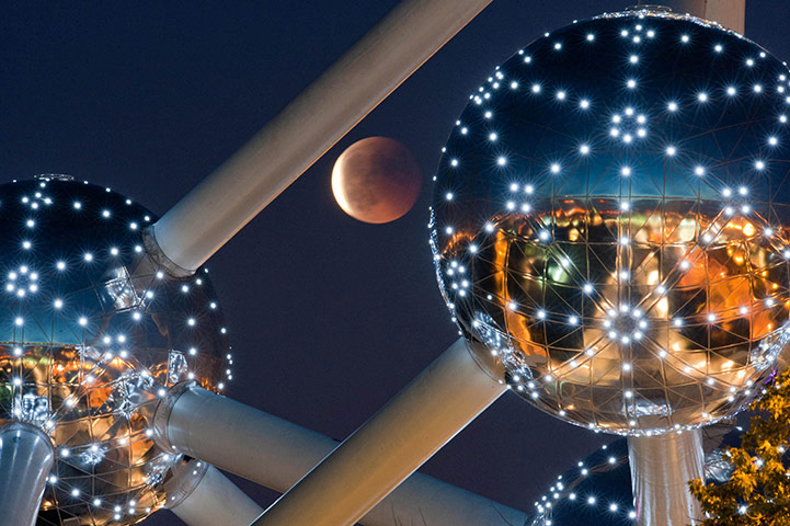 Lunar Eclipse Atomium in Brussels