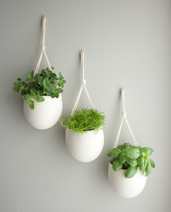 Porcelain Rope Hanging