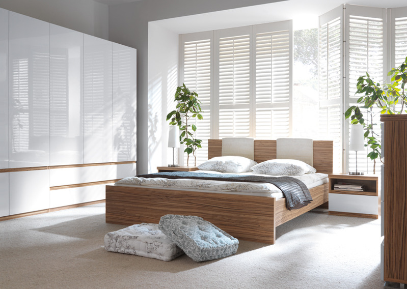 why window panel blinds are a popular modern choice my decorative. Black Bedroom Furniture Sets. Home Design Ideas
