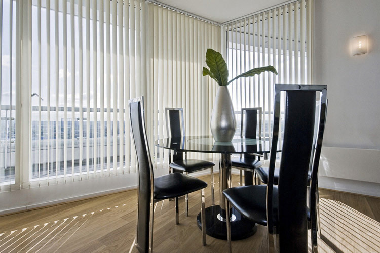 Why Window Panel Blinds Are A Popular Modern Choice My