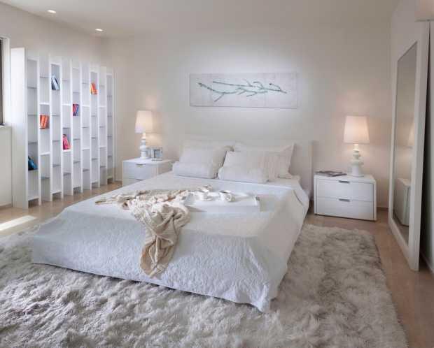 Comfortable Rug In Bedroom