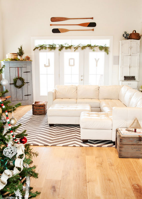Holiday Living Room Decoration