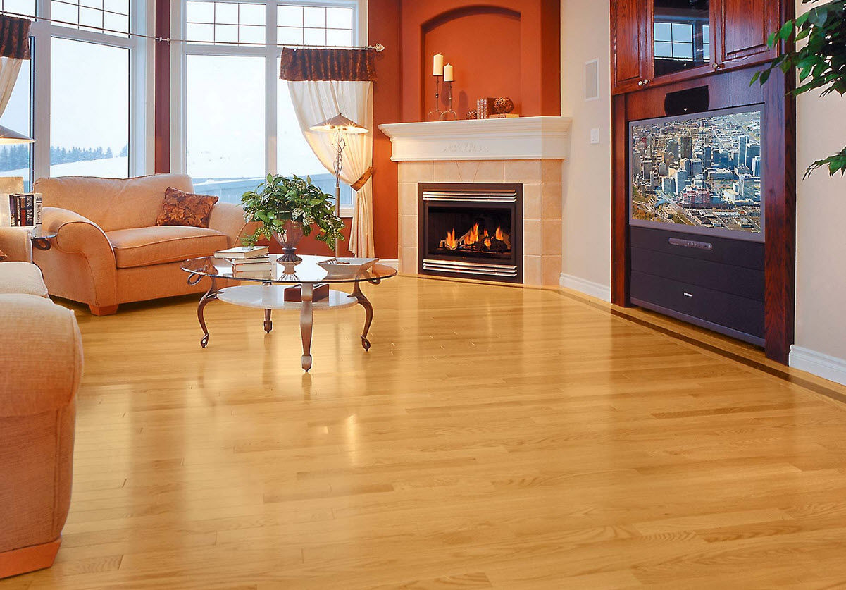 Pretty Oak Solid Wood Flooring
