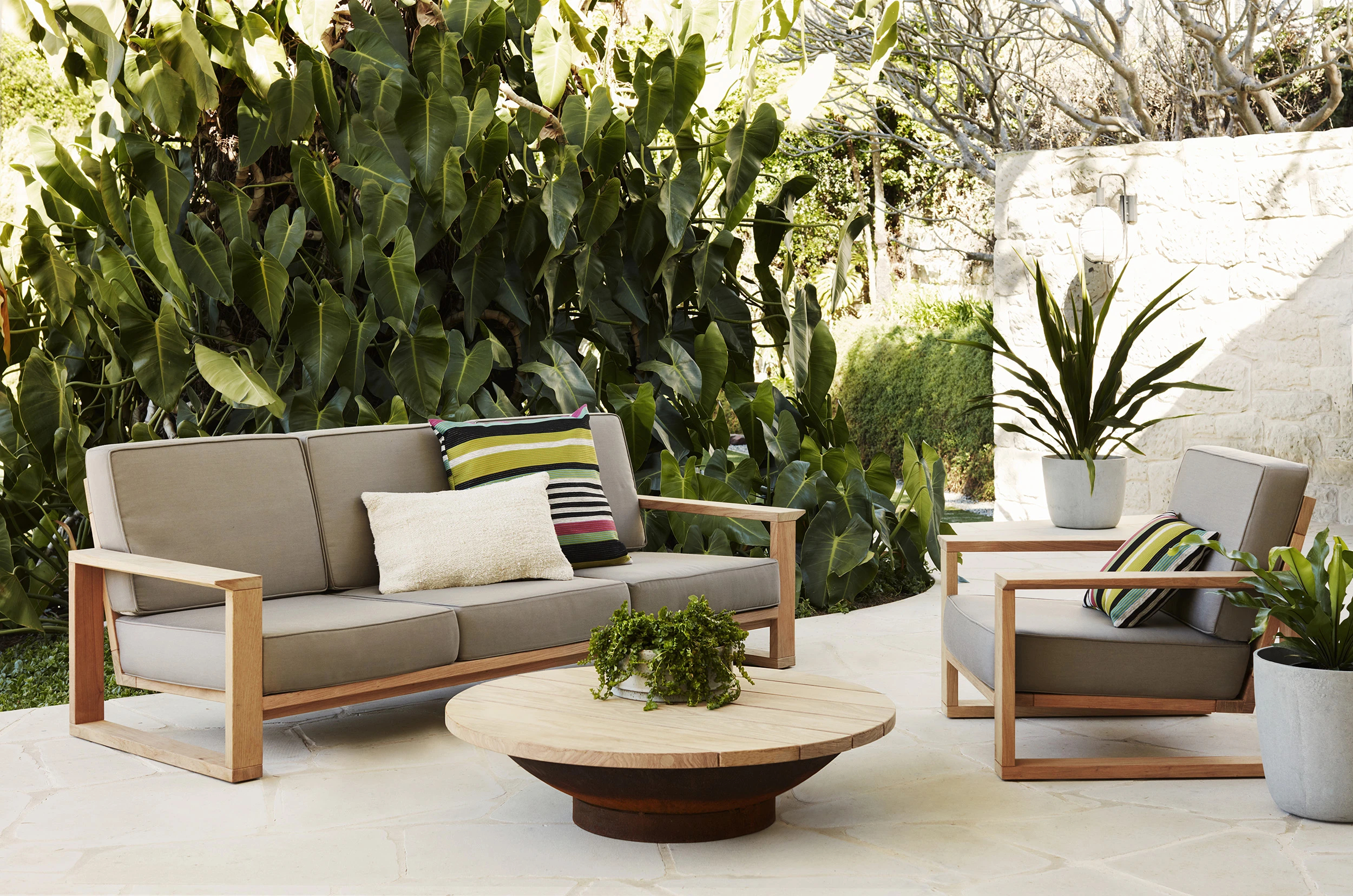 garden-furniture - The Immense Beauty Of Outdoor Furniture Used Indoors My Decorative